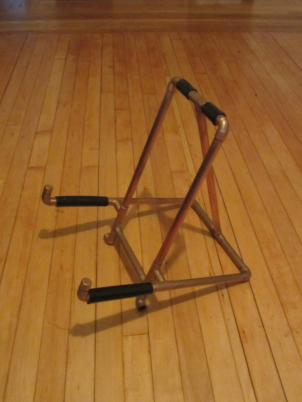 guitar-stand-01