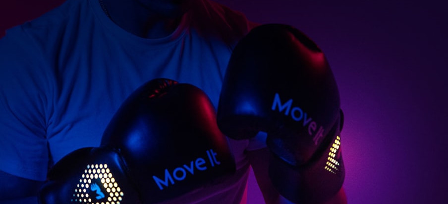 Move It Swift: Smart Boxing Gloves