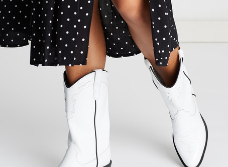 White Leather Boots - Where to shop 2020 Fashion Trend White Leather Boots