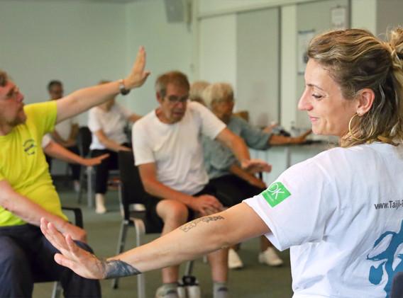 Keep Moving _ Move4Health  Bewegung Motivation Ernährung bei Parkinson _edited.jpg