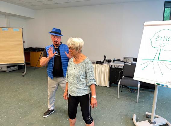 Keep Moving | Move4Health  Bewegung Motivation Ernährung bei Parkinson .jpg
