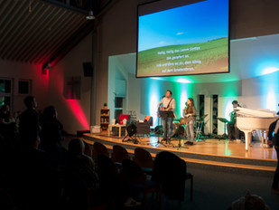 Sing & Pray Gottesdienst in Wetzlar lockt 150 Besucher