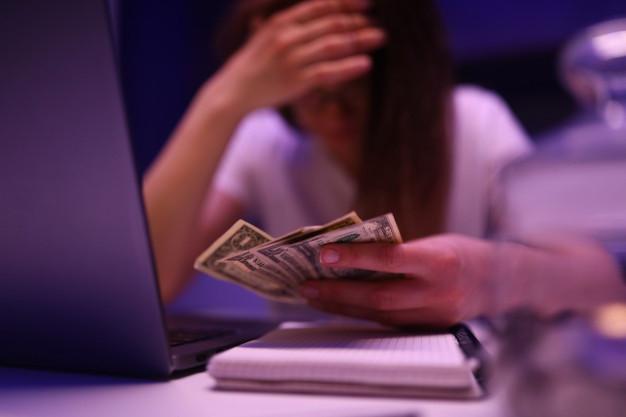 webcam model money