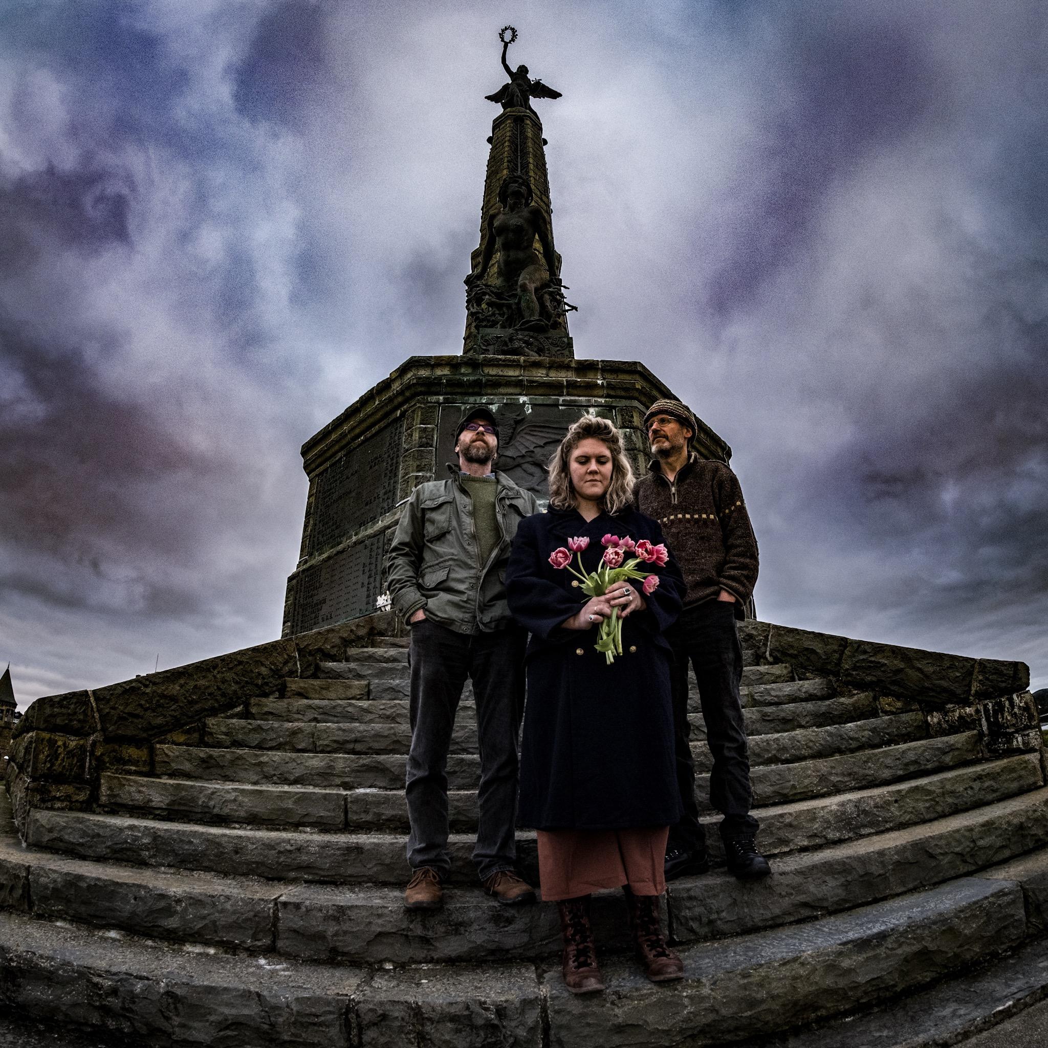 3LM at Aberystwyth war memorial