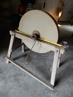 "22"" Sharpening Stone w/mount"