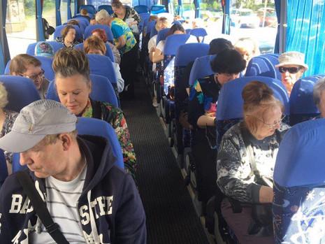 В муниципальном образовании МО Полюстрово организована очередная экскурсия для жителей округа в Крон