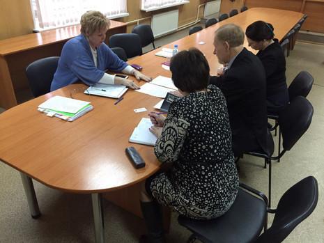 Вера Сергеева провела личные приемы в МО Пискаревка и МО Финляндский Округ
