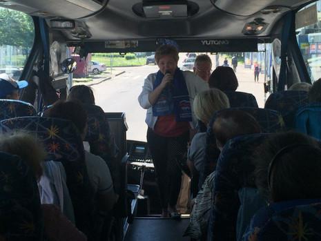 В МО Полюстрово в эти выходные были организованы 2 экскурсии для жителей округа - в Гатчину и в Крон
