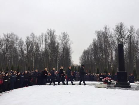 Торжественно-траурная церемония на Богословском кладбище