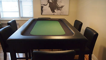 Suited speed cloth racetrack and center poker table