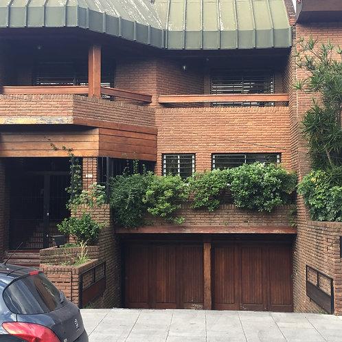 Casa en Villa devoto sobre terreno de 8,66 x 39