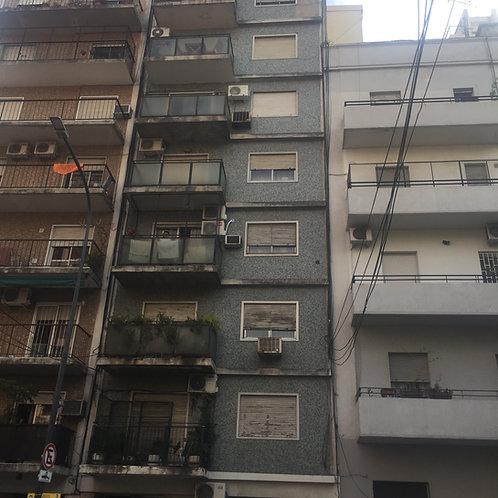 Departamento de dos ambientes con balcon aterrazado