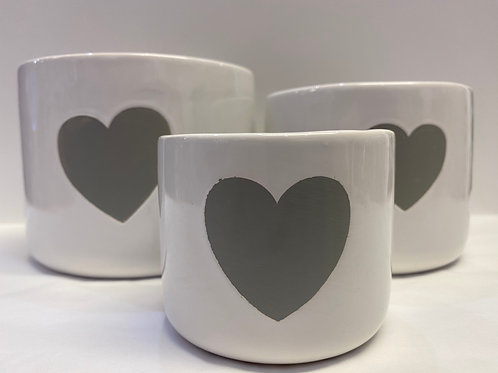 Set of 3 Pots (White with Grey Heart)