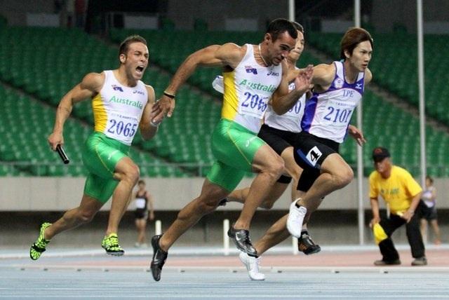 Liam Aus relay