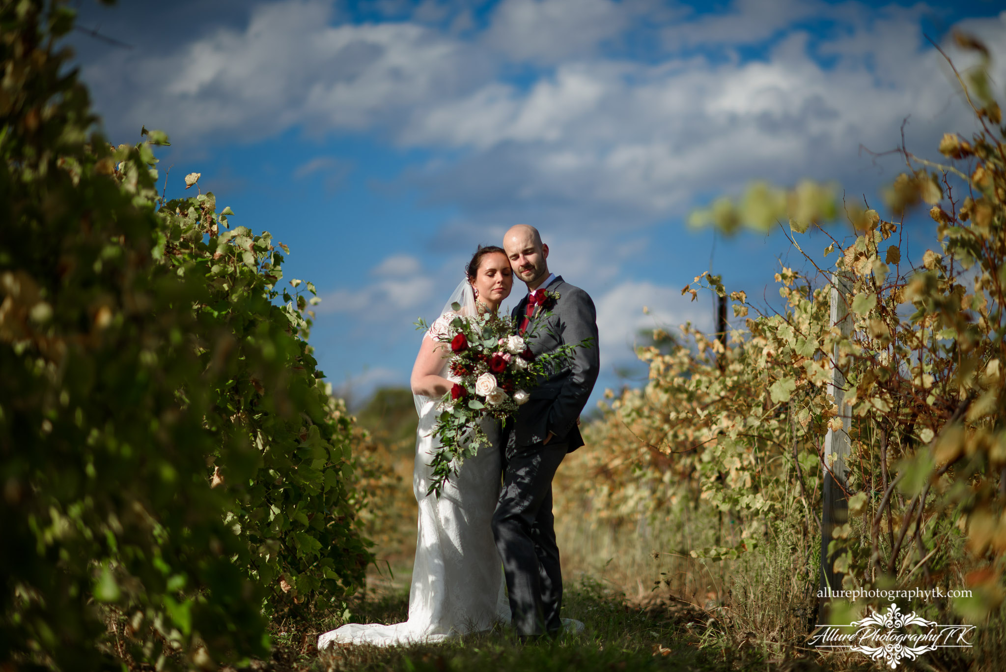 Wedding Couple vineyard