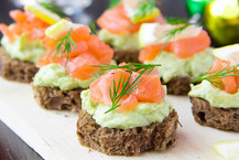 Salmon-Avocado-Bites-1.jpg