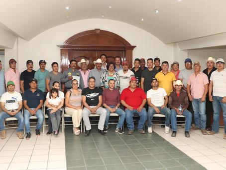 Entrega Desarrollo Rural apoyos para apicultores