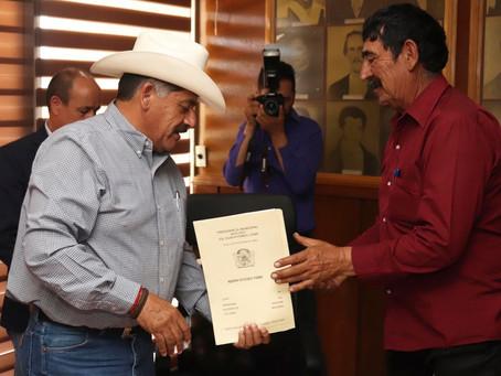 Entregan 130 títulos de vivienda en Cuauhtémoc