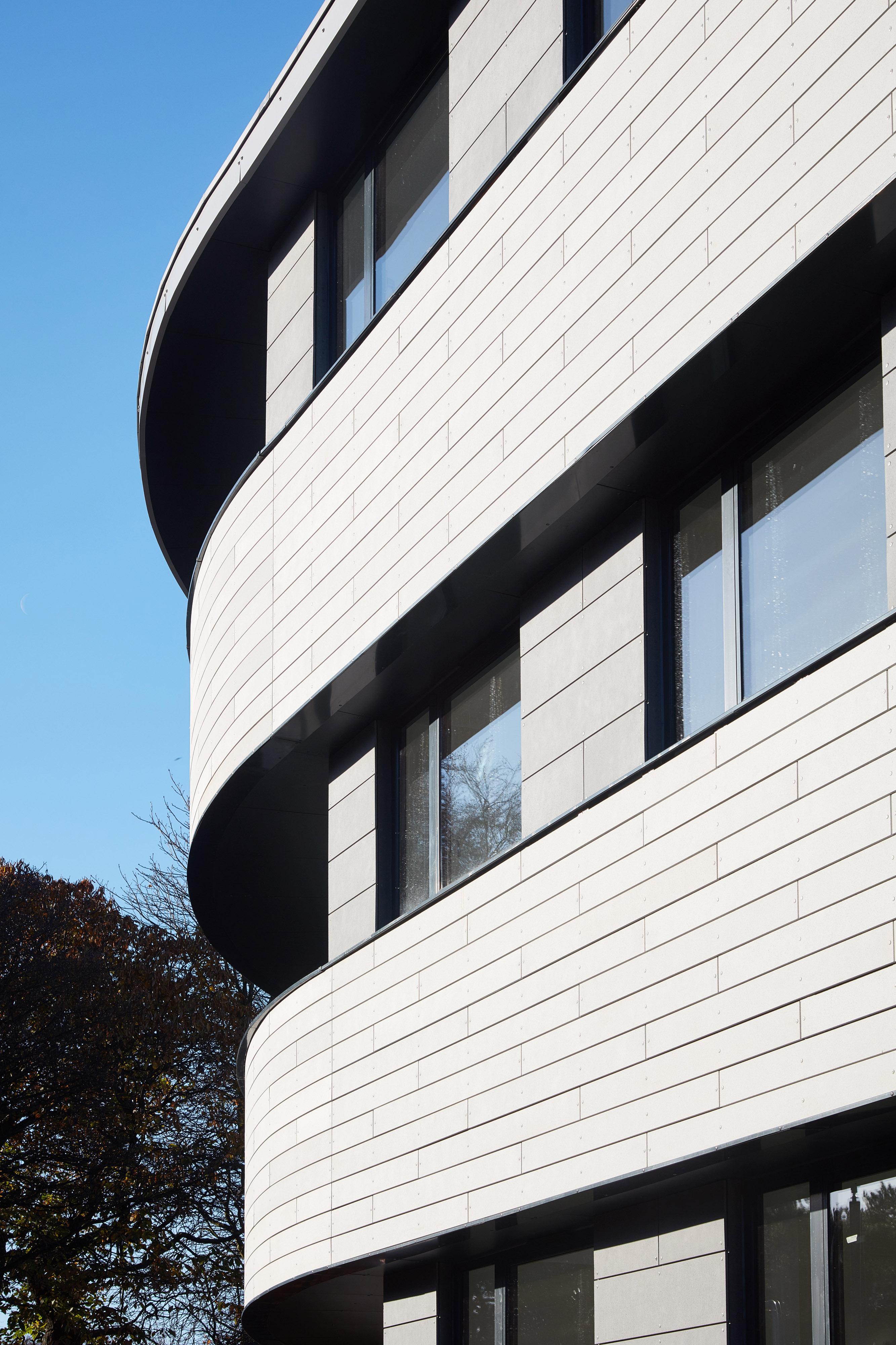 Calder House 7214