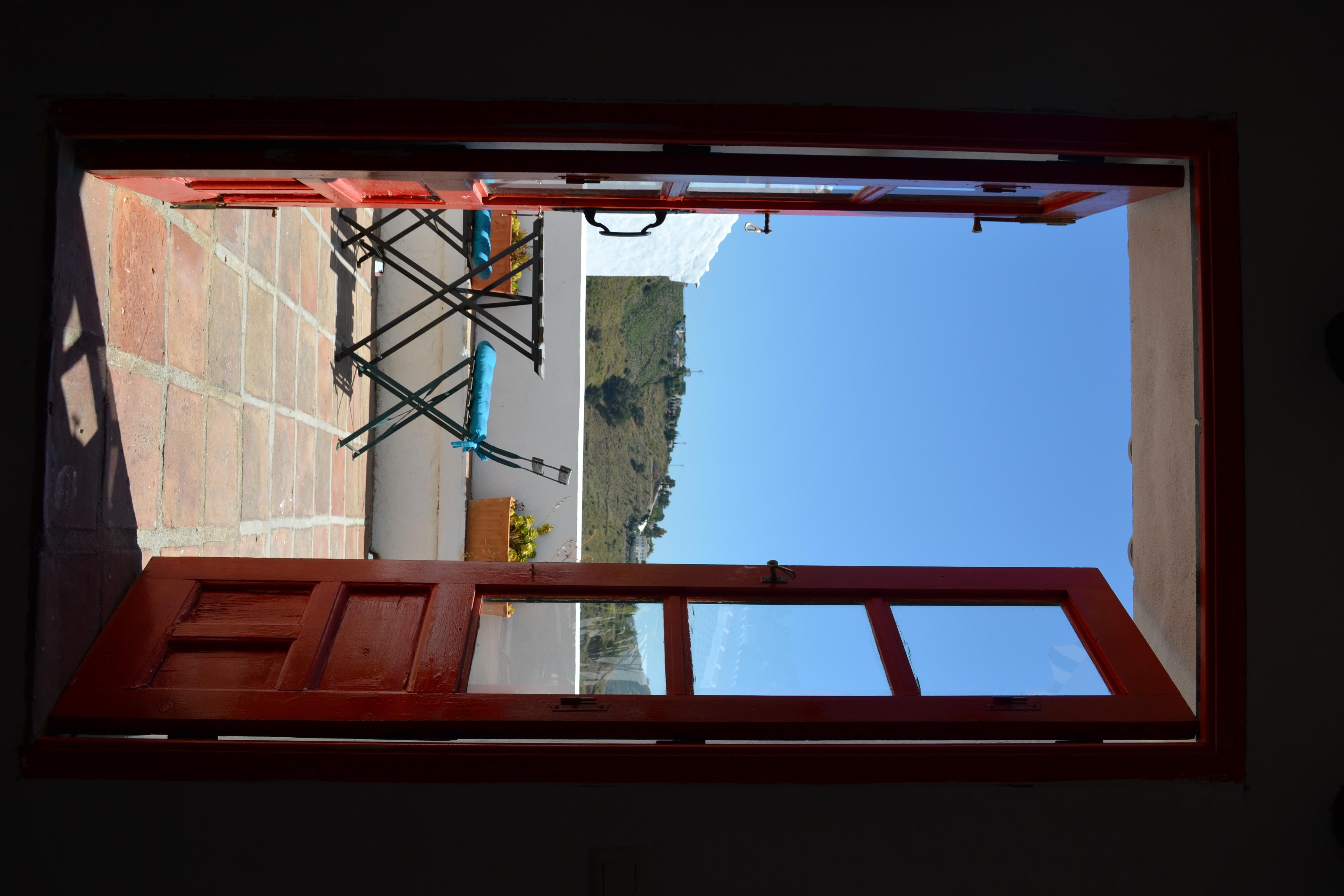 Het onderste terras van La Vista B&B