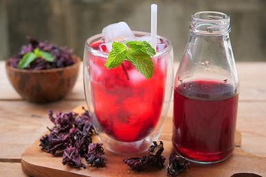 fresh-roselle-juice-healthy-drink_42942-