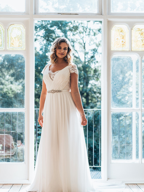 Valentia - by White Rose Graceful - £1099