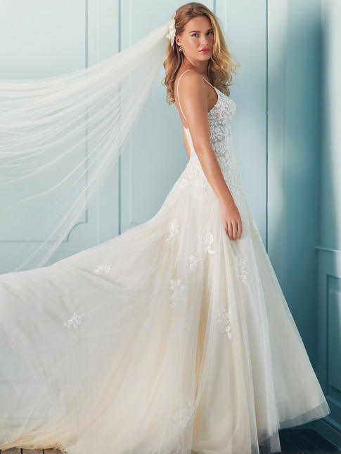 Gloria - By Lilly - £1349
