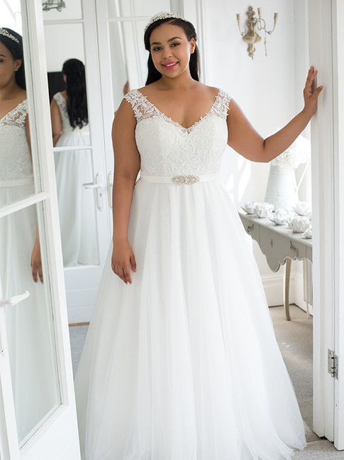 Elara - by Angel B Curve - £1099