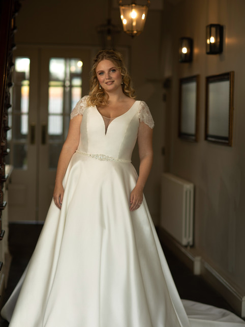 Isabela - by True Curves - £1349