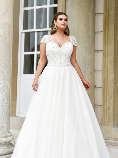 Beth - by True Curves - £1699
