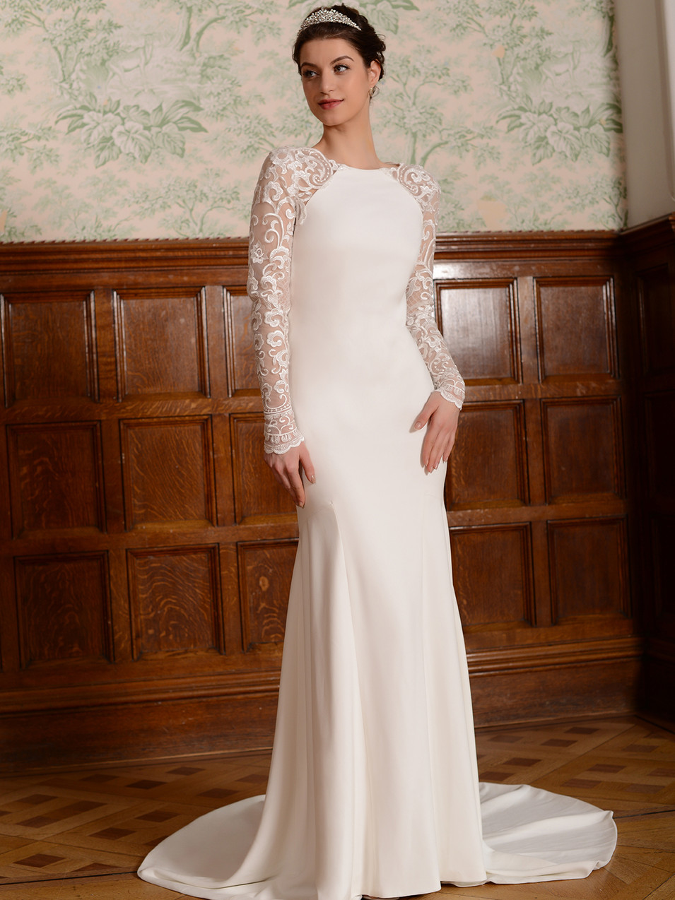 Ava - by Millie May - £899
