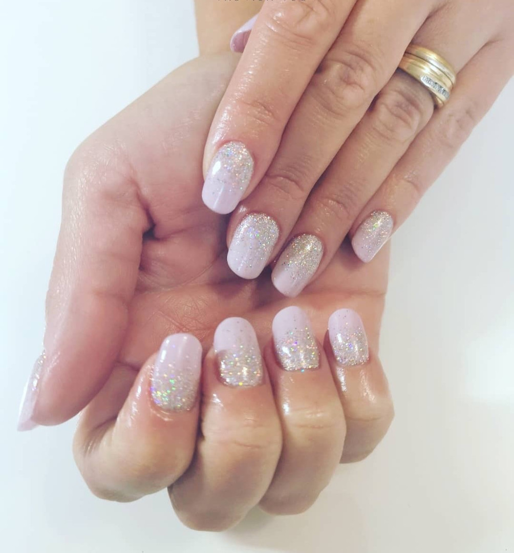 Glitterbels Acrylic Extension With Magpie Gel & Glitter