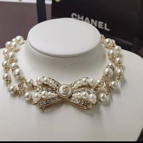 Golden pearl CC Choker Necklaces Set