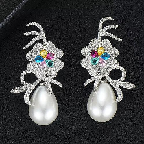 Teardrop Big Pearl Earring