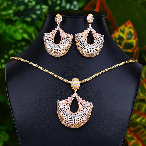 Jade Unique Necklace Sets