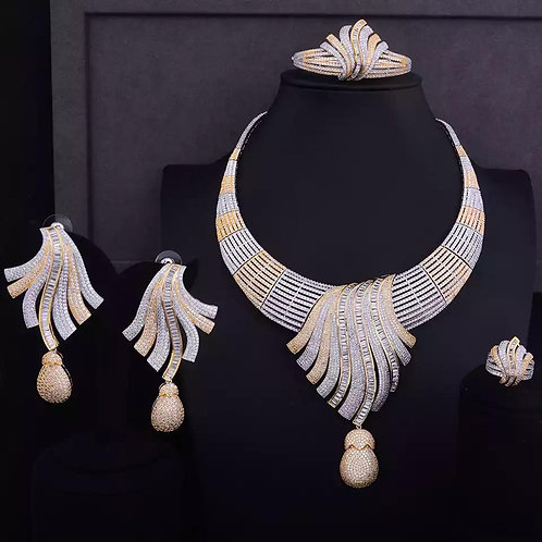 Feathers choker Necklace