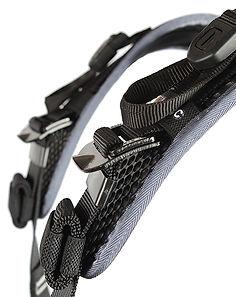 H28 Shoulder strap ties.jpg
