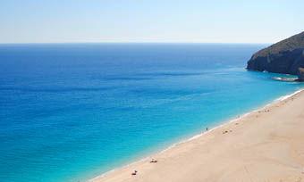 playa_de_los_muertos_new.jpg