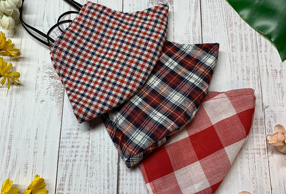 Red Gingham Plaid Face Mask With Filter Pocket and Nose Wire, Washable and Reusa