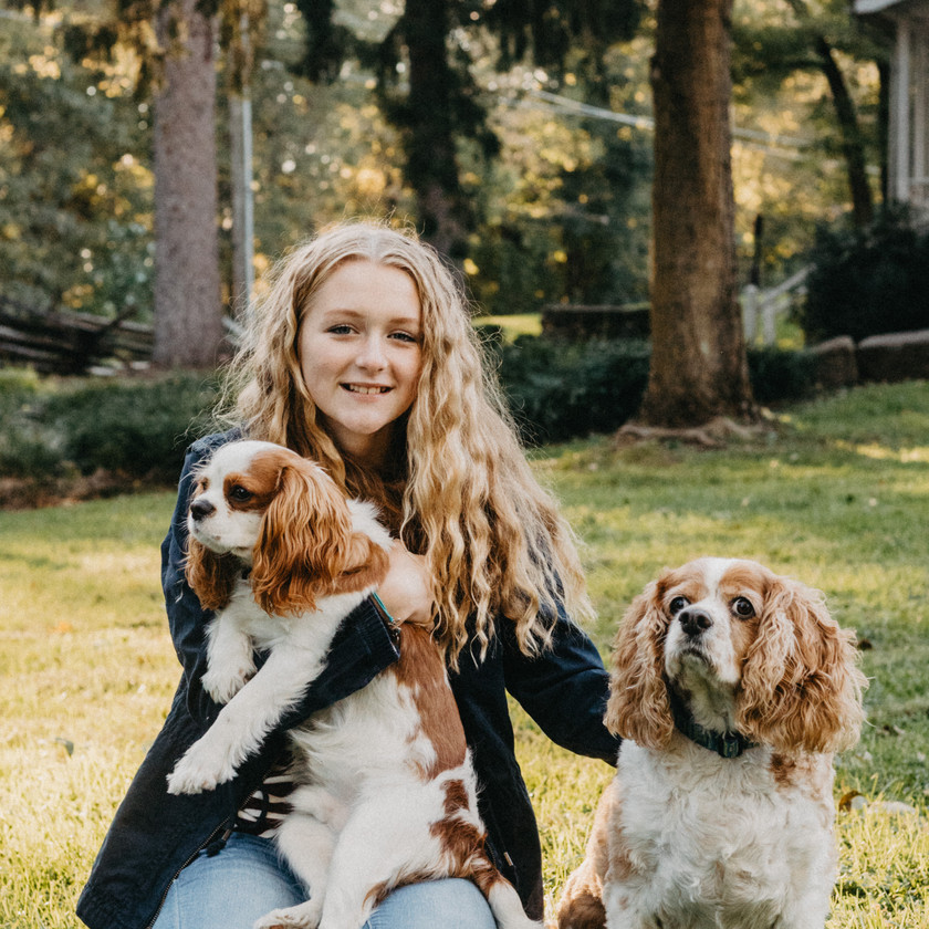 Dog friendly photographer in York, PA - Central PA Family Portrait Photographer, Taylor Slusser Photography at John Rudy Park