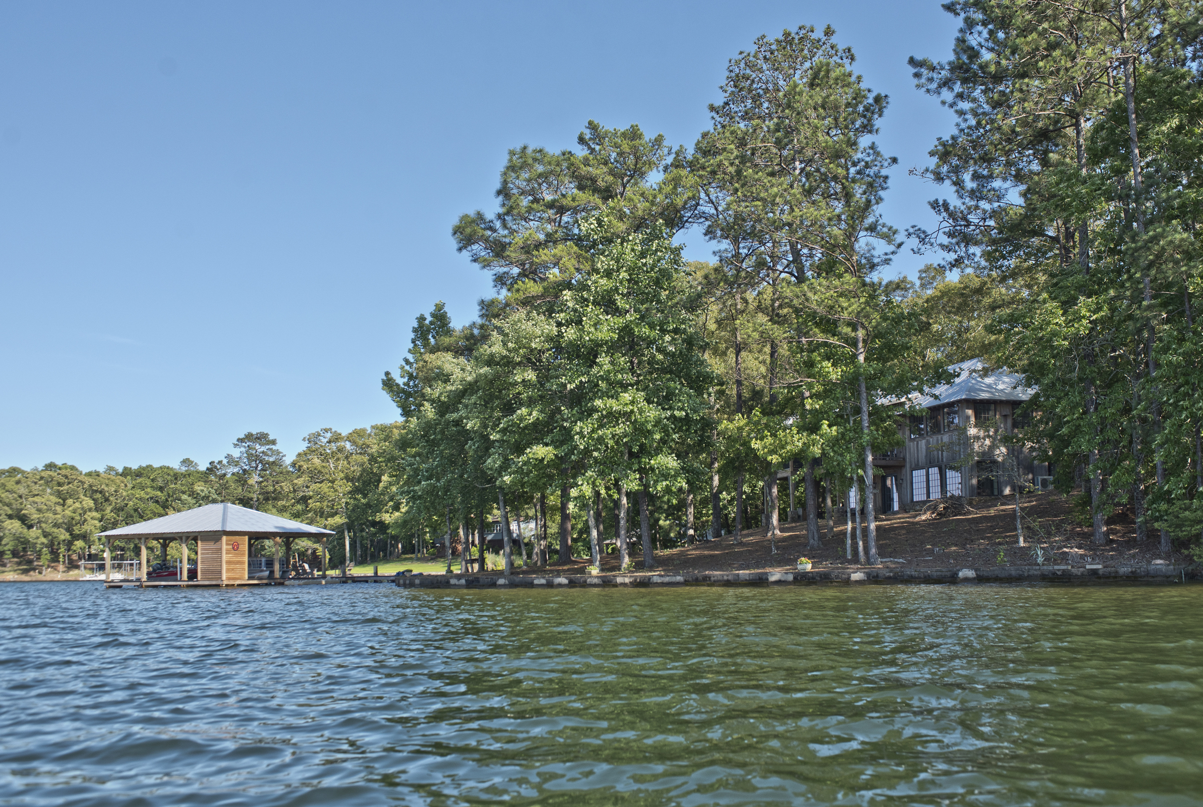 New cabin on Lake Martin