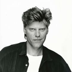 John, 1986