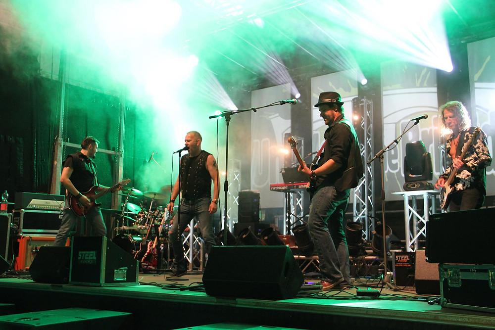 Steel Rocks live @ Under The Bridge Festival