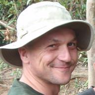 Simon Hedges