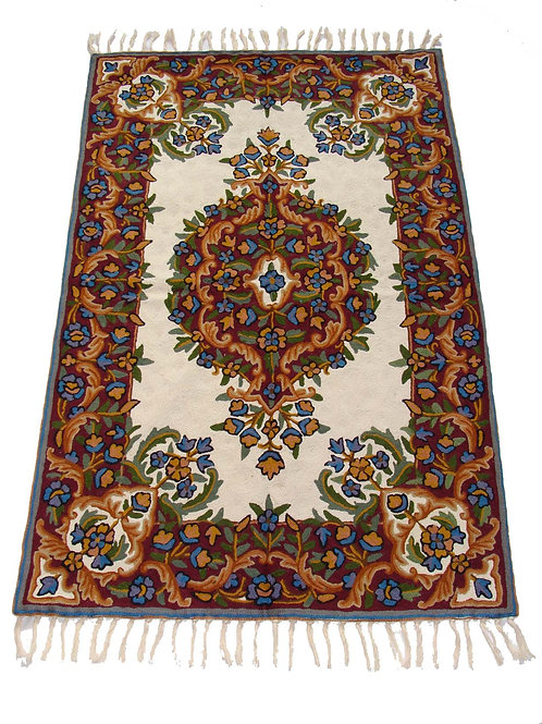 Chain Stitch Rug Carpet Hand Embroidered Floor Area Rug 2.5 x 4 Feet