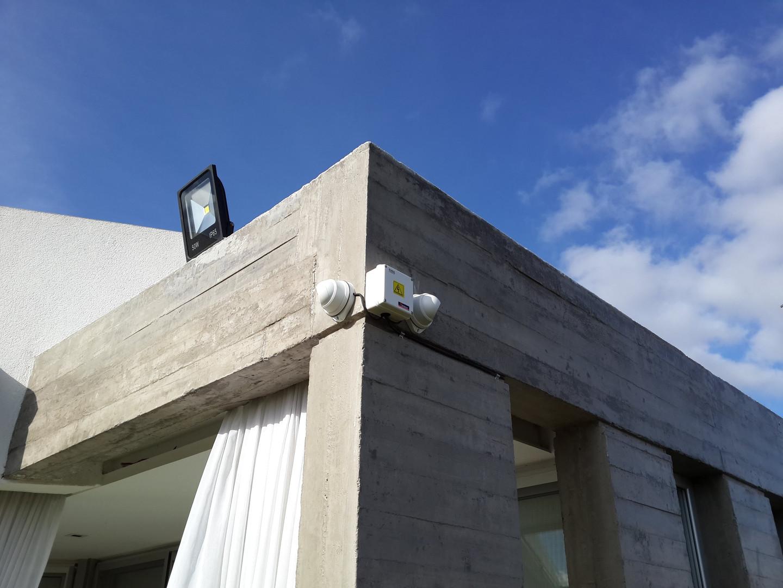 Cámaras en exterior con caja estanca de conexionado