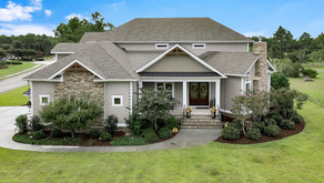 Luxurious like new home near the Reserve Golf Club with Golf Course View