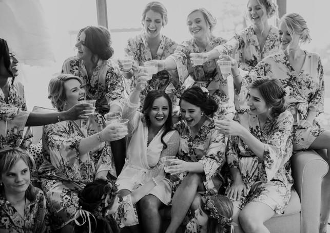 HilaryandTaylor-WeddingBlogPhotos-Canyon