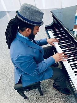 Darius Piano Pic.JPG