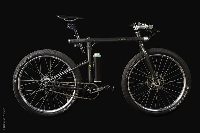 Icon a perfect bike commuter